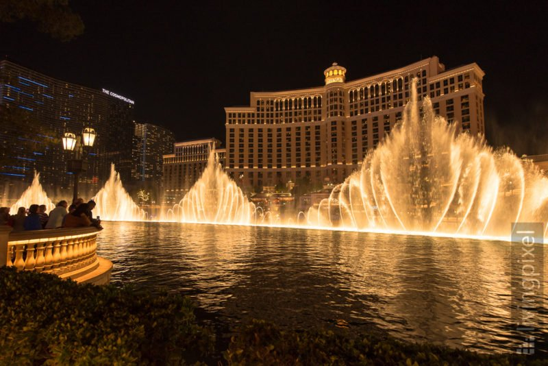 Las Vegas - Water and light show in front of the Bellagio hotel