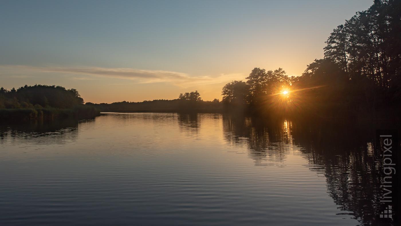 Sonnenuntergang auf der Peene
